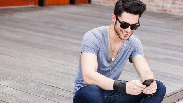 Как возбудить мужчину на расстоянии: 60 оригинальных эротических смс фото